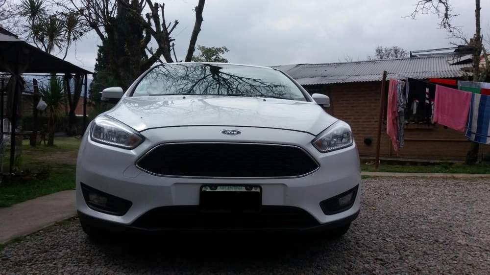 Ford Focus 2015 - 117000 km