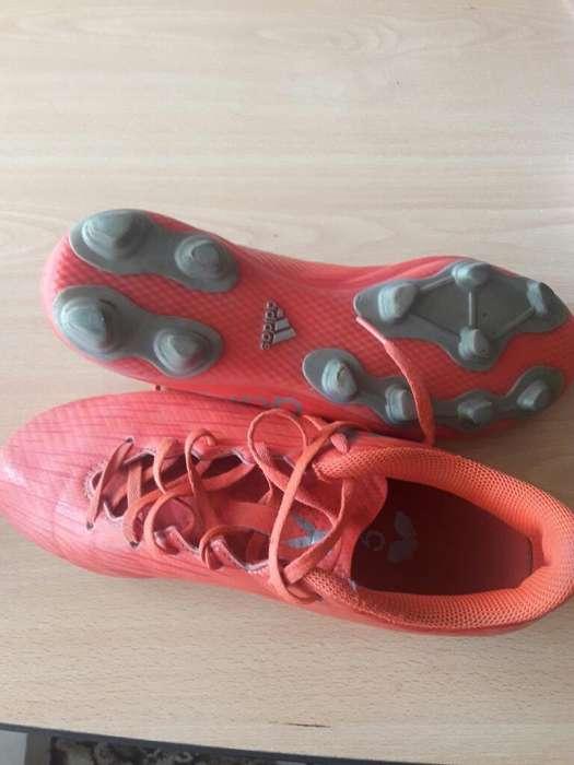 Vendo Zapatos Futbol <strong>adidas</strong>