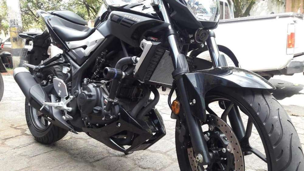 slider yamaha MT 03