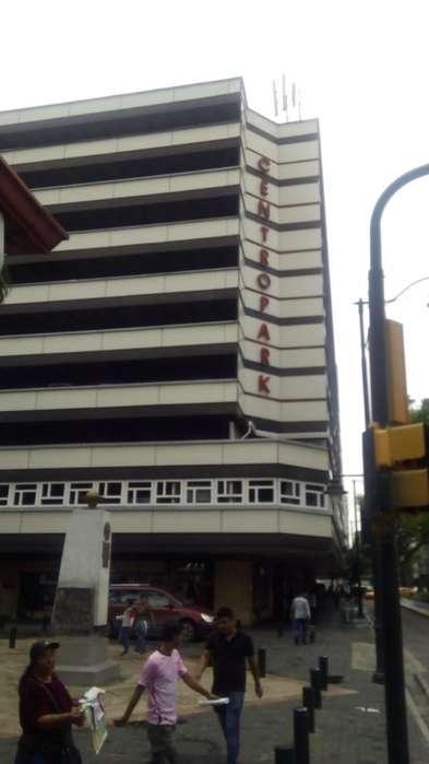 Edificio Centro Park Vendo Parqueos