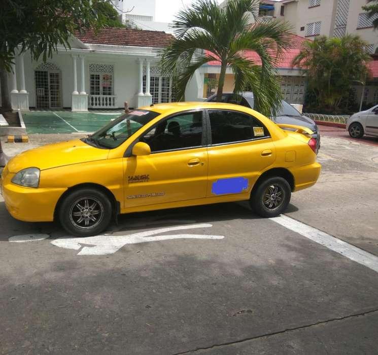 Taxi 2011 gas gasolina