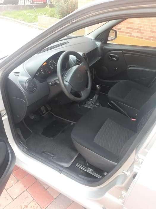 Renault Logan 2012 - 82658 km