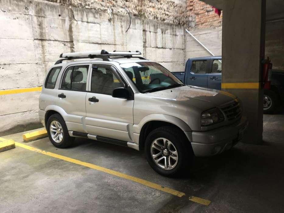 Chevrolet Grand Vitara 2011 - 100000 km
