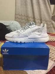 Zapatillas Adidas Nite Jogger talla 40