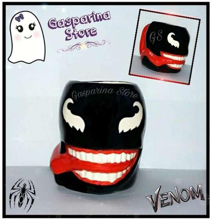 Taza Venom