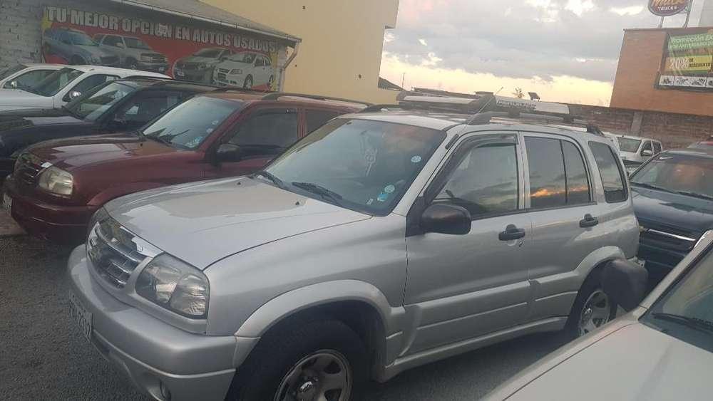 Chevrolet Grand Vitara 2012 - 185000 km