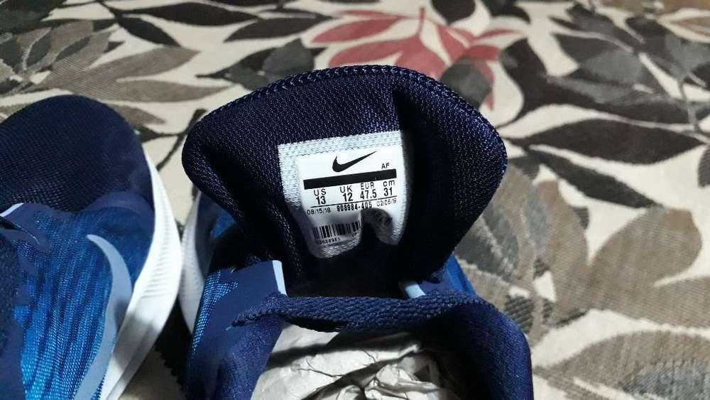 Vendo Nike Nuevas sin Uso de Training Ta
