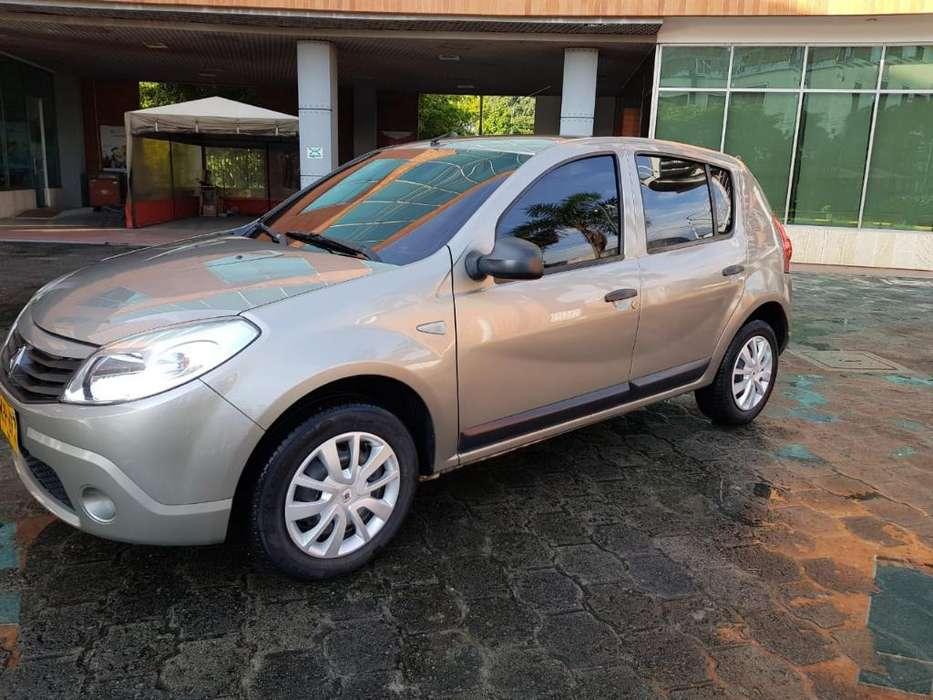 Renault Sandero 2012 - 97800 km