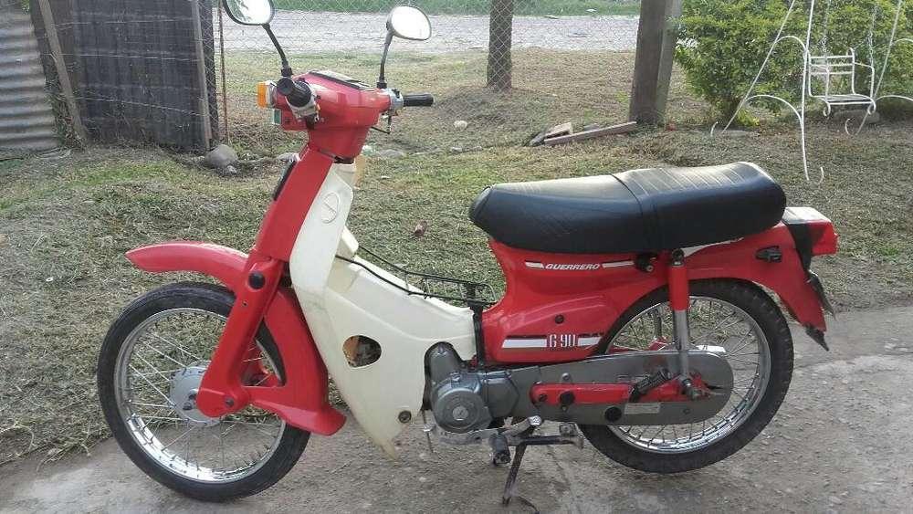 Moto Guerrero G90