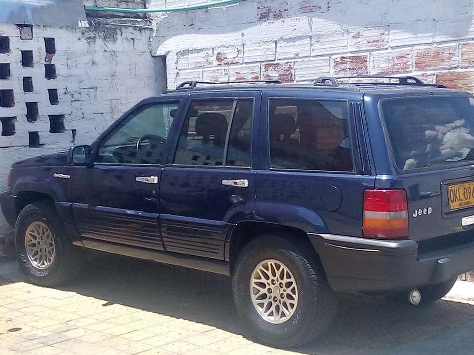JEEP Cherokee 1993 - 243500 km
