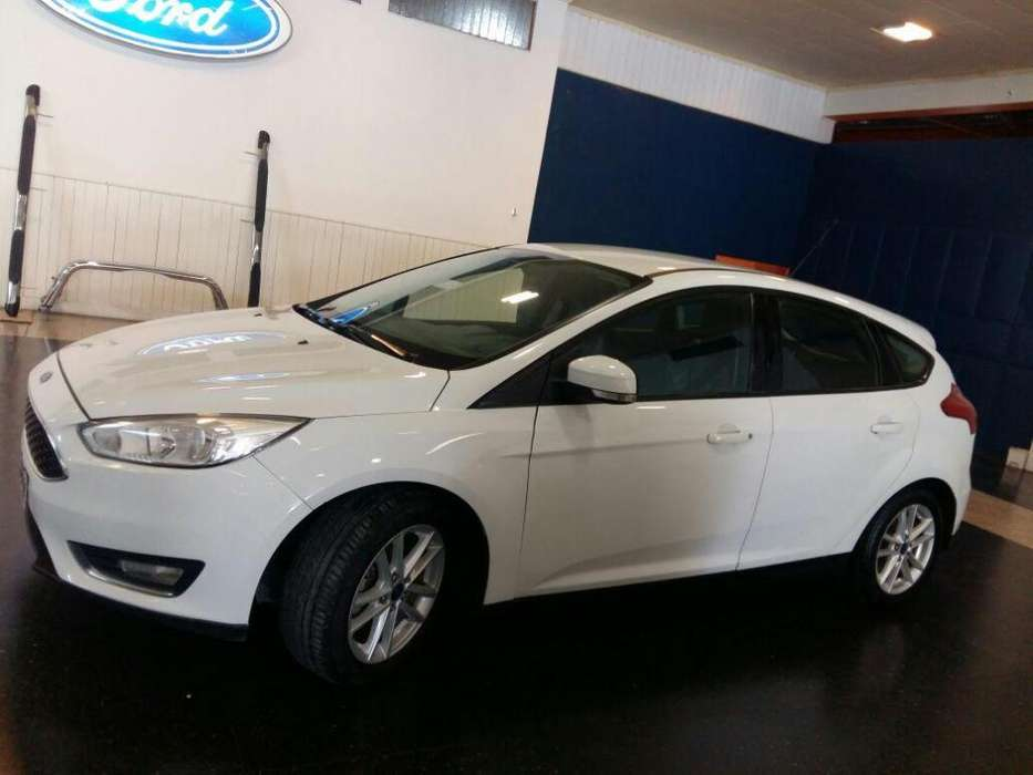 Ford Focus 2015 - 124400 km