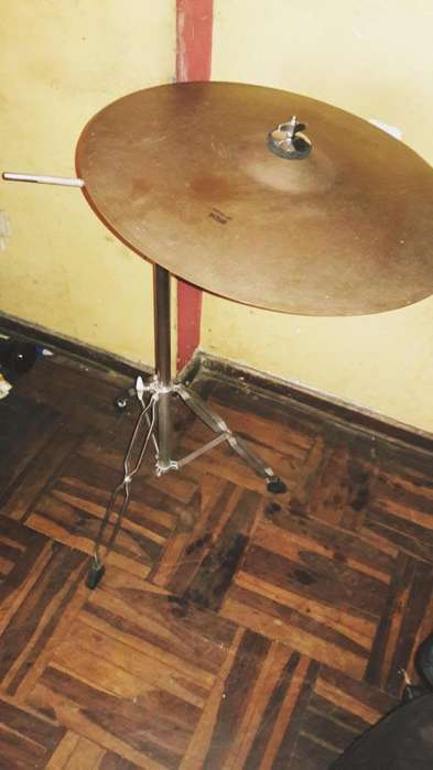 BOOM Y PLATILLO REMATO TODO 220 SOLES 995201103