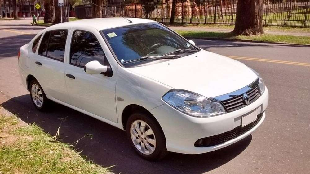 Renault Symbol 2013 - 10200 km