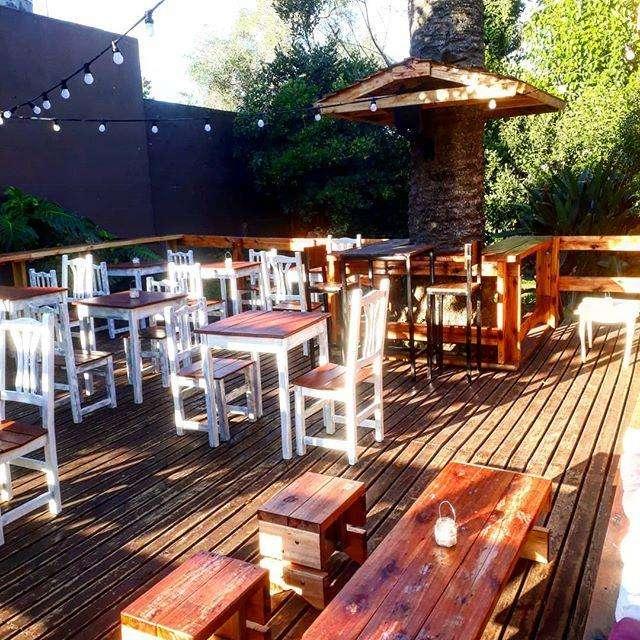 Importante casona Resto bar en San Vicente (Bs As).