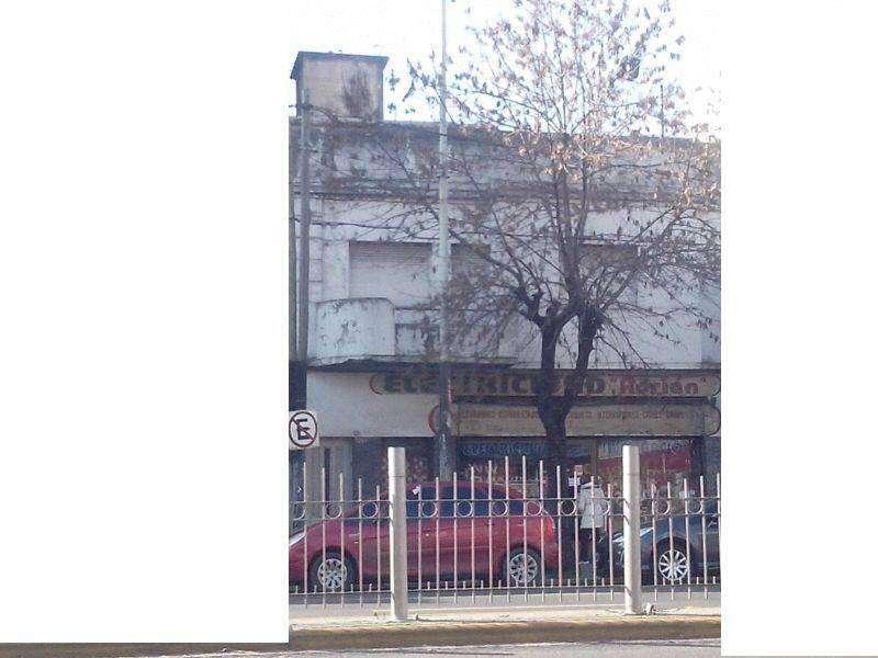 VENDE edificio en block, amplio local en venta, y 6 Departamentos Lanus Oeste