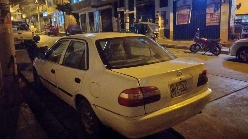 Toyota Corolla 1999 - 0 km