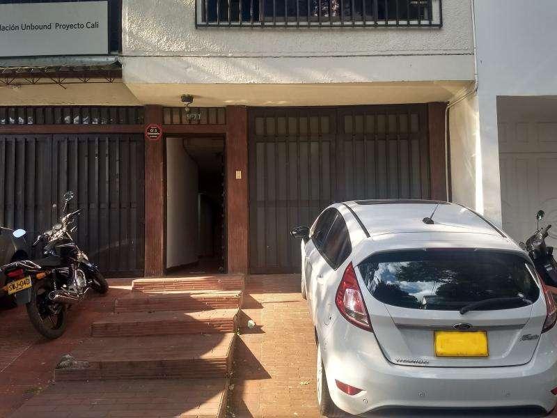 Oficina En Arriendo En Cali Urbanización Tequendama Cod. ABGAR1101