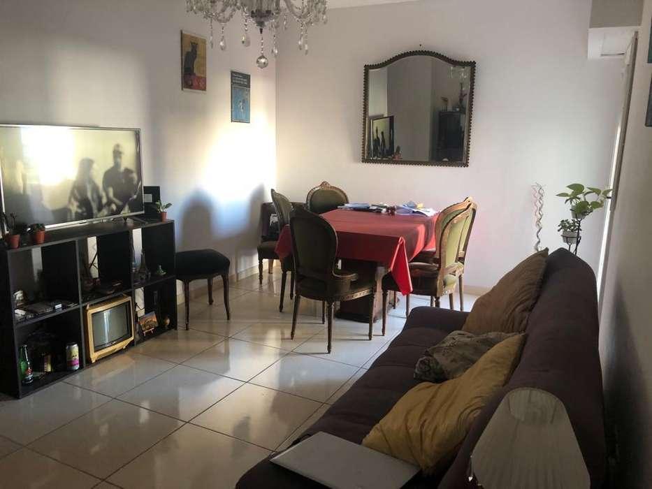 LIBRE! 2 amb. Villa Crespo Camargo 500 p/2 peronas . 24.900