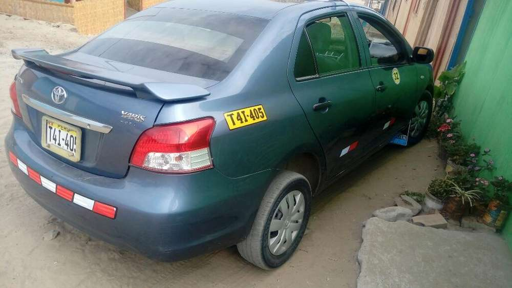 Toyota Yaris 2007 - 164000 km