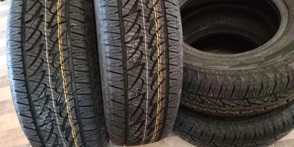Vendo 4 <strong>llanta</strong>s Bridgestone 255-70R16