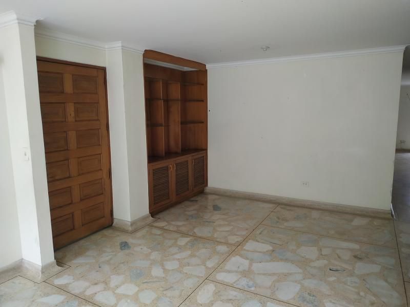 Apartamento En Venta En Medellin Suramericana Cod. VBBER1130
