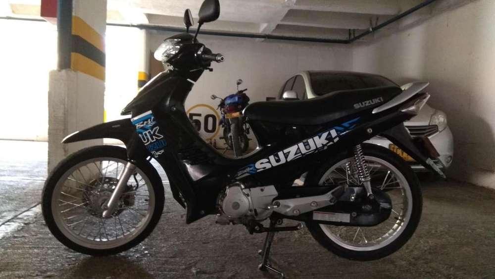 Vendo moto Suzuki Best 125cc modelo 2010 excelente estado