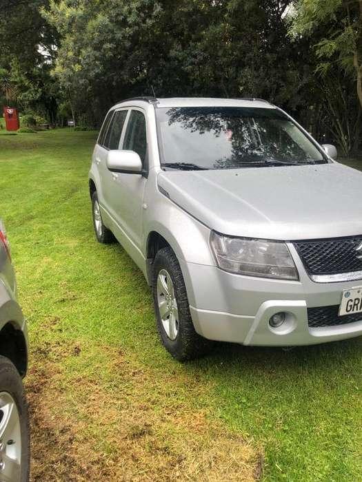 Chevrolet Grand Vitara 2010 - 130000 km