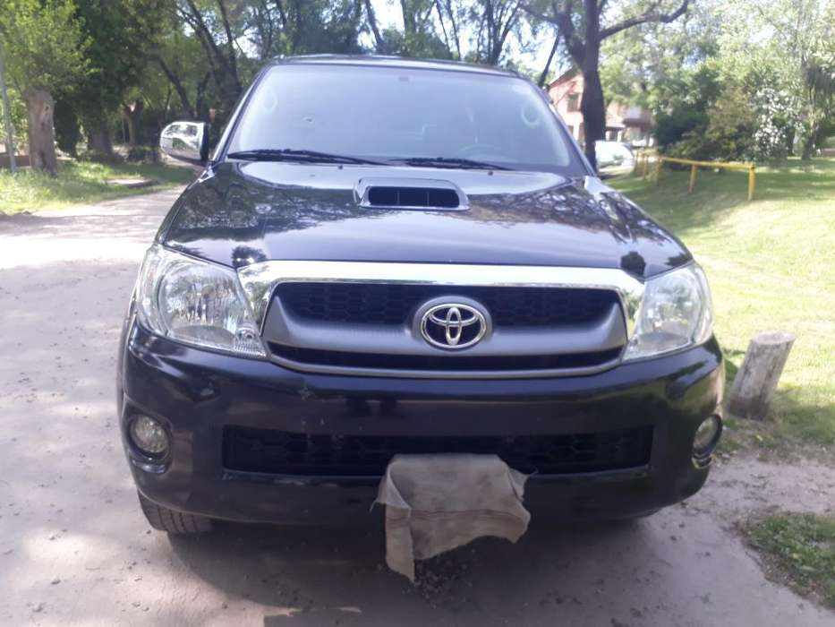 Toyota Hilux 2009 - 0 km