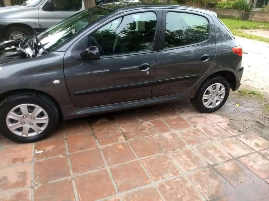 <strong>peugeot</strong> 207 Compact 2010 - 117000 km