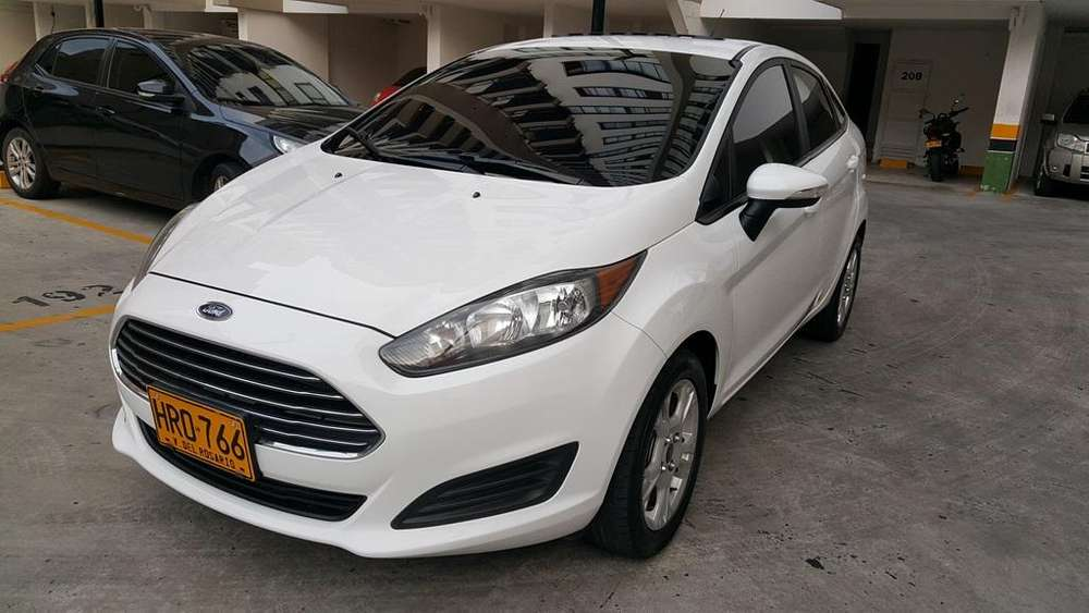 Ford Fiesta  2015 - 38600 km