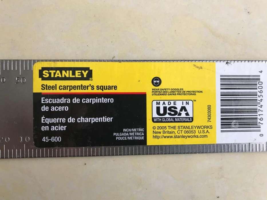 Escuadra carpintero de acero Stanley