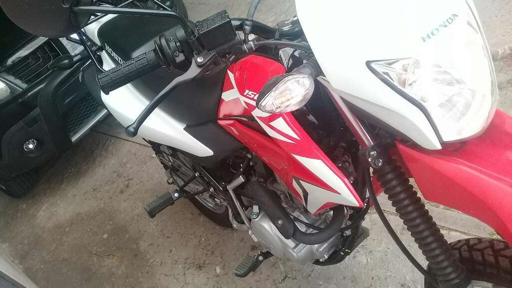 Impecable <strong>honda</strong> Xr 1700 Km 145.000