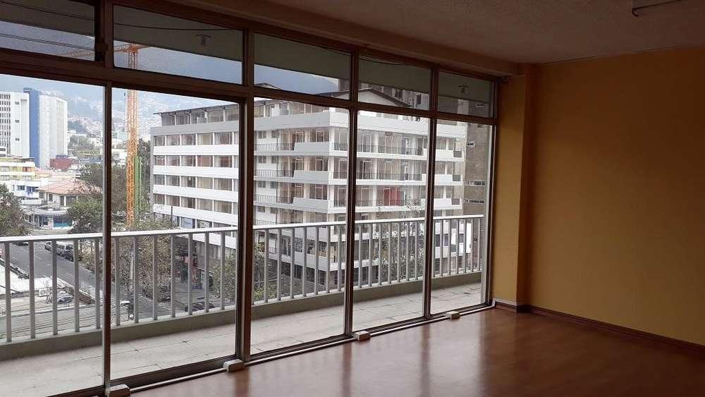 Oficina de arriendo en Quito centro norte la Mariscal Cod: A394