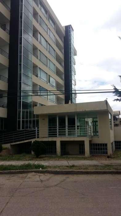 Se vende <strong>apartamento</strong> en Fusagasuga, de 63 m2, piso 4, 3 alcobas, piscina, BBQ, Cod.3858831