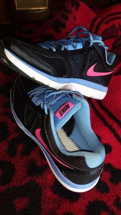 Zapatillas Nike Nro 40