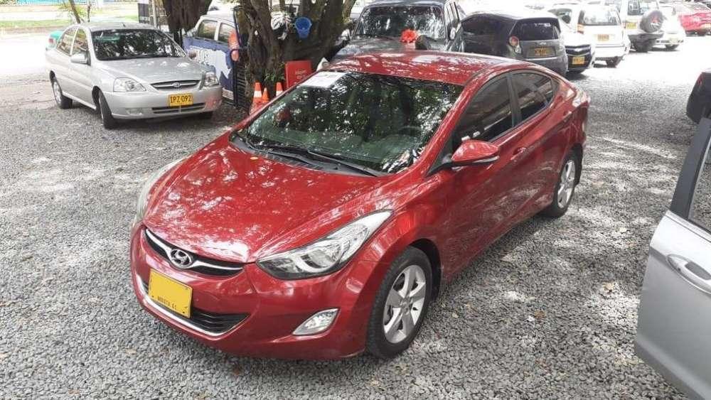 Hyundai Elantra 2013 - 82533 km