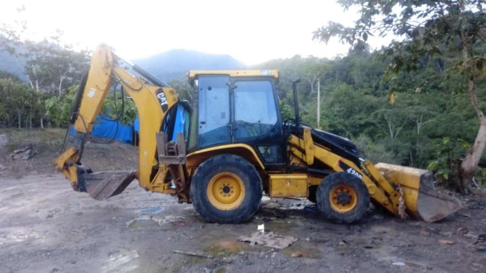 Retroexcavadora 420 D Cat 2005