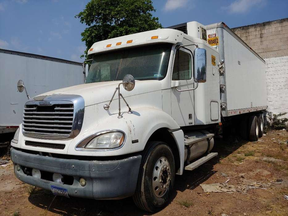 Camion Freightliner Columbia 2007