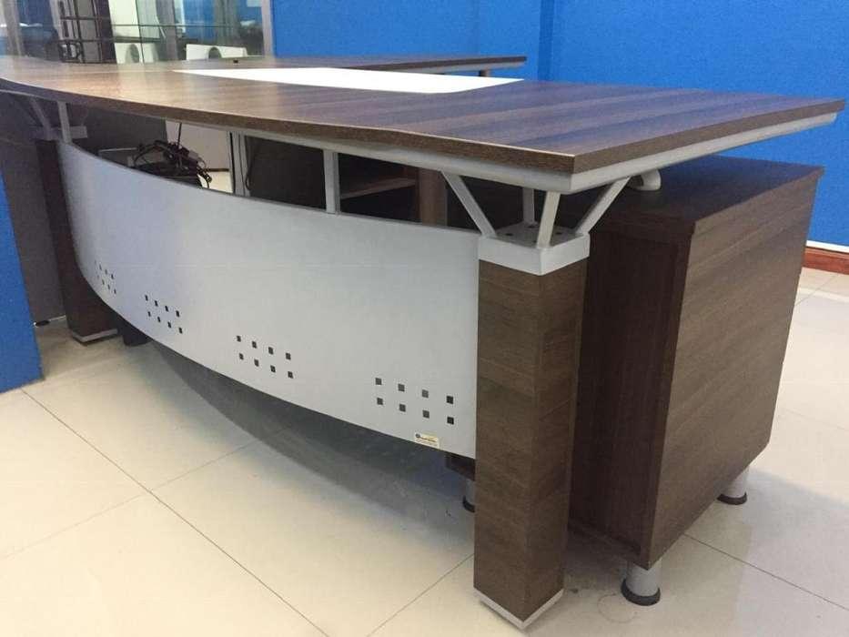Muebles de oficina: escritorios en L, sillas de gerencia y normal, mesa de oficina