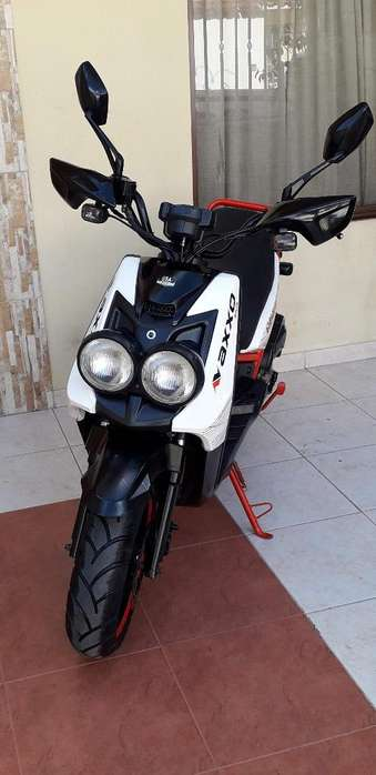 <strong>motoneta</strong> Axxo 180