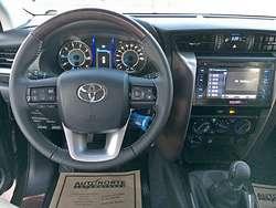 Toyota Hilux SRX 4x4 AT 2.8TDI ! 2016!