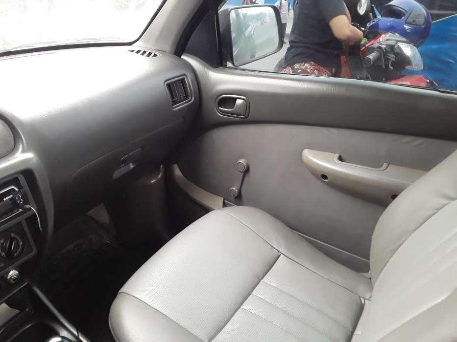 Mazda B 2200 2004 - 250000 km