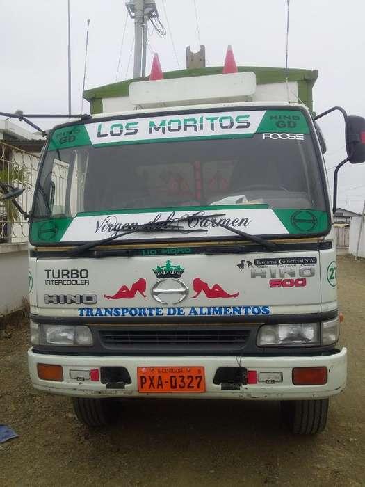 Se Vende Un Camion Gd Hino 2001