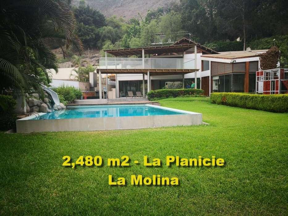 OCASIÓN Vendo linda casa de 2,480 m2 en La Planicie.