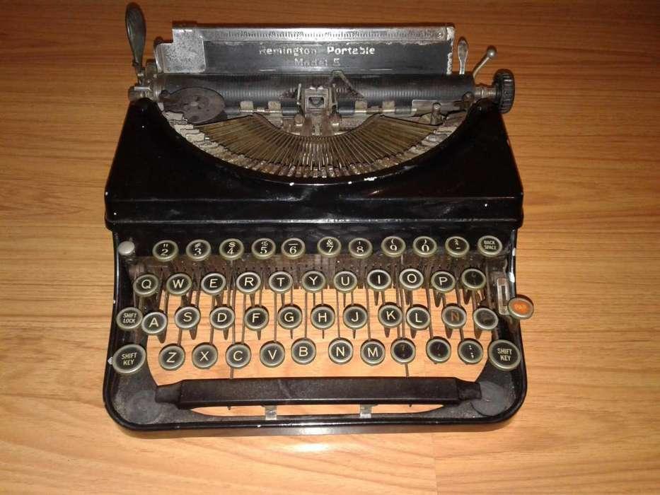 Maquina de Escribir Remington portable modelo 5