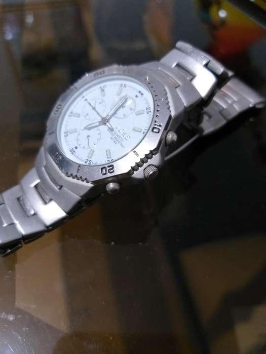 Vendo Este Reloj Ya No Lo Uso en Perfect