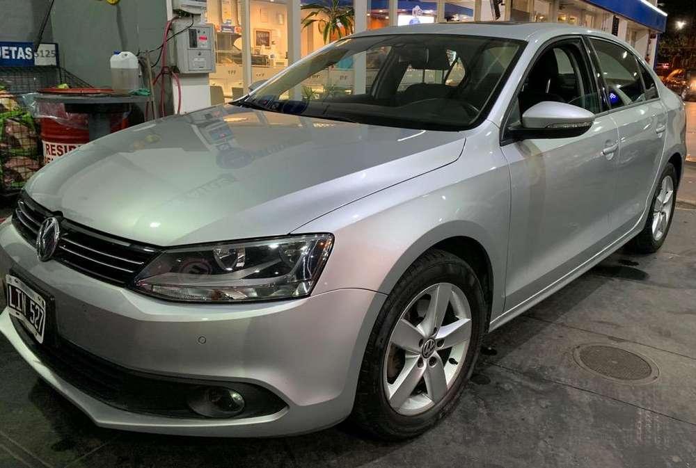 Volkswagen Vento 2.5 - 60.000Km - Oferta