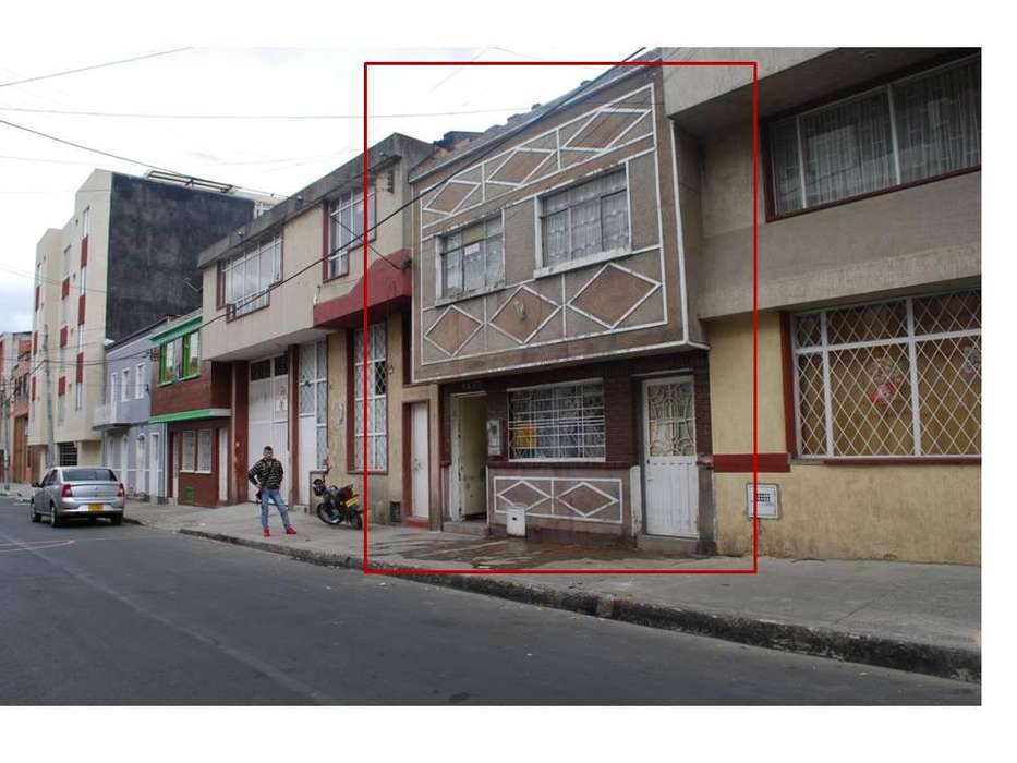 BODEGA Vendo Casa Lote Barrio Ingles de 5.80 por 43 Metros