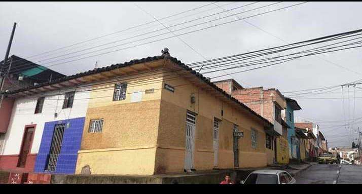 Casa - Lote en venta en Barrio Obrero