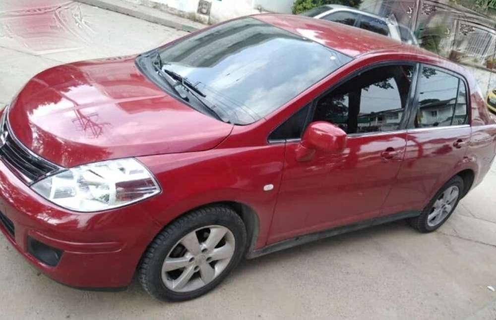 Nissan Tiida 2012 - 86000 km